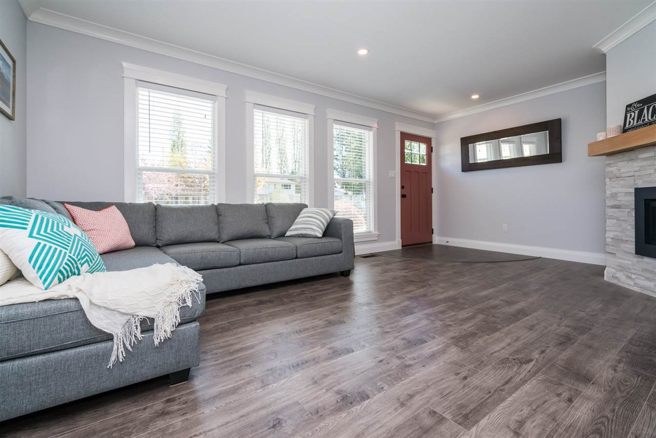 Main Photo: 5023 205B STREET in : Langley City House for sale : MLS®# R2162323