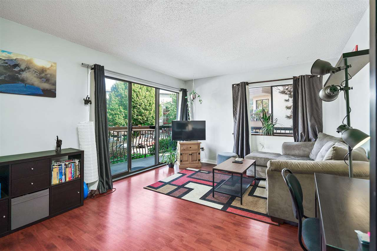 """Main Photo: 208 334 E 5TH Avenue in Vancouver: Mount Pleasant VE Condo for sale in """"View Pointe"""" (Vancouver East)  : MLS®# R2507908"""