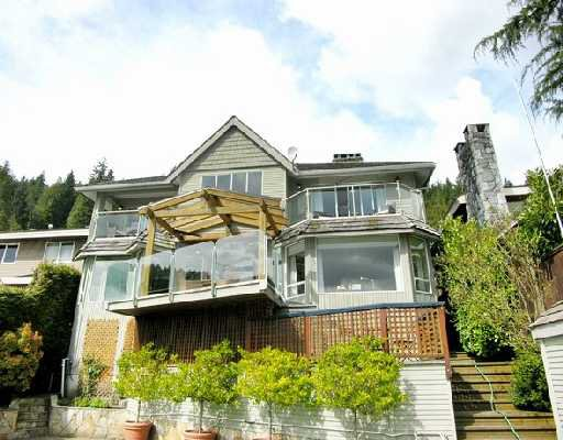 "Photo 2: Photos: 2748 PANORAMA Drive in North_Vancouver: Deep Cove House for sale in ""DEEP COVE"" (North Vancouver)  : MLS®# V704268"