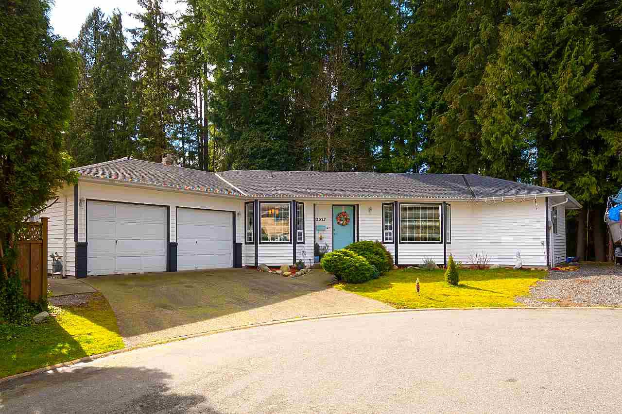 """Main Photo: 2027 SHAUGHNESSY Place in Coquitlam: River Springs House for sale in """"RIVER SPRINGS"""" : MLS®# R2441037"""