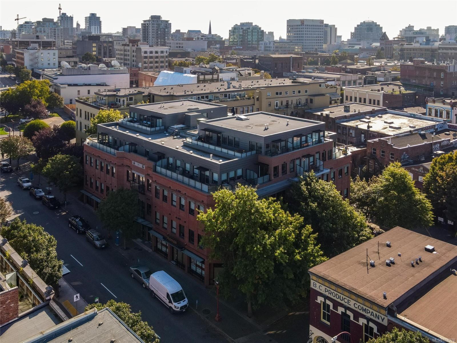 Main Photo: 409 595 Pandora Ave in : Vi Downtown Condo for sale (Victoria)  : MLS®# 862378