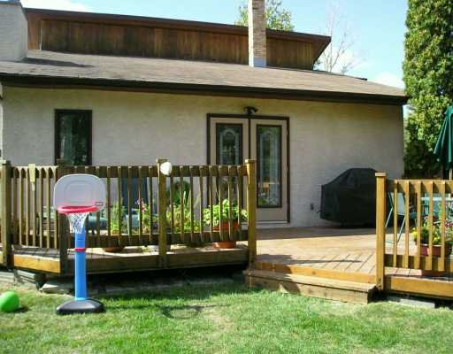 Photo 8: Photos: 739 BUCKINGHAM Road in Winnipeg: Murray Park Single Family Detached for sale (South Winnipeg)  : MLS®# 2616111