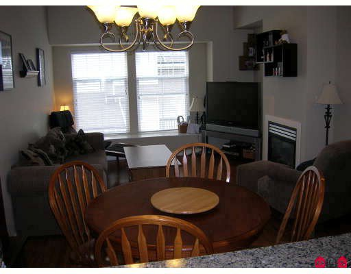 """Photo 5: Photos: 8 21535 88TH Avenue in Langley: Walnut Grove Townhouse for sale in """"Redwood Lane"""" : MLS®# F2809671"""