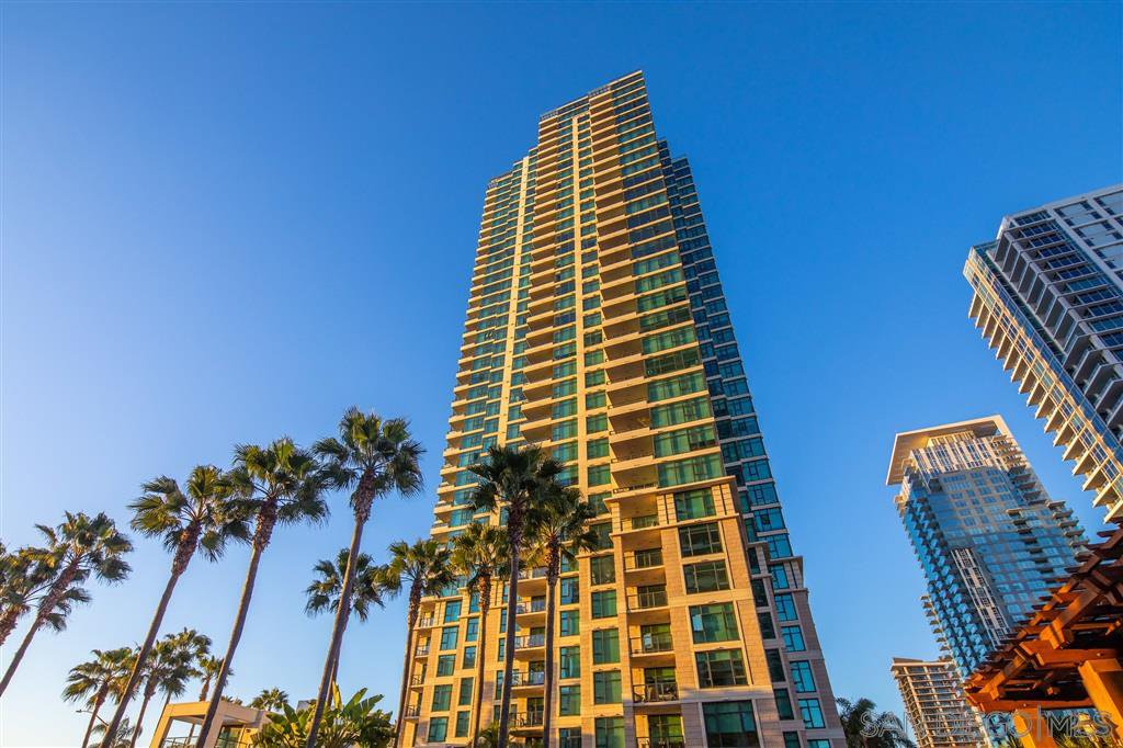 Main Photo: DOWNTOWN Apartment for rent : 2 bedrooms : 1199 Pacific Hwy #1004 in San Diego