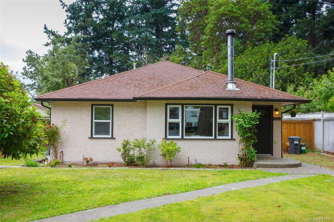 Main Photo: 630 Kildew Rd in Colwood: Co Hatley Park Single Family Detached for sale : MLS®# 844195