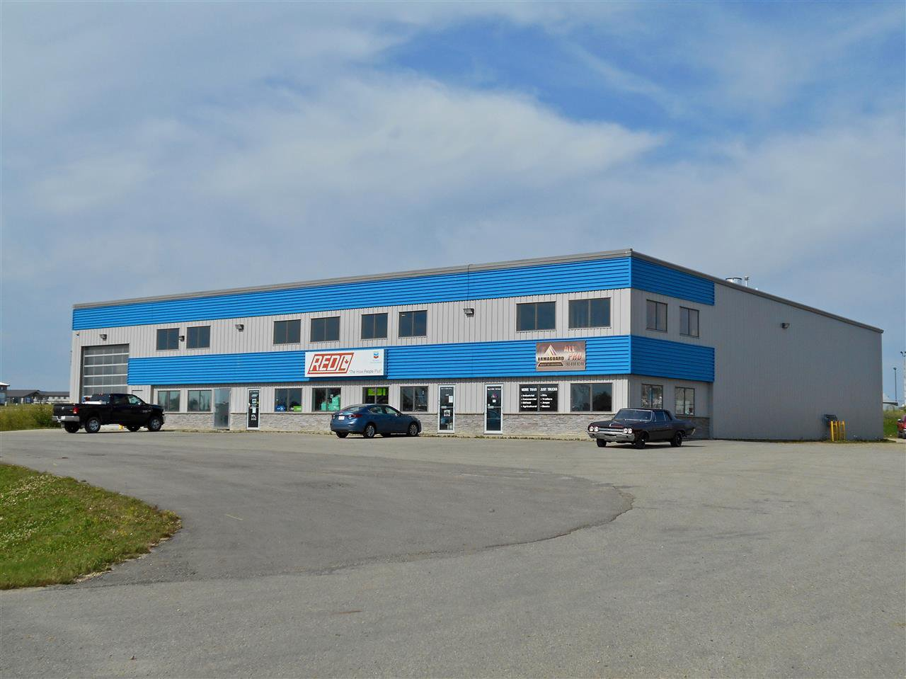 Main Photo: 5638 56 Street: Drayton Valley Industrial for lease : MLS®# E4209737