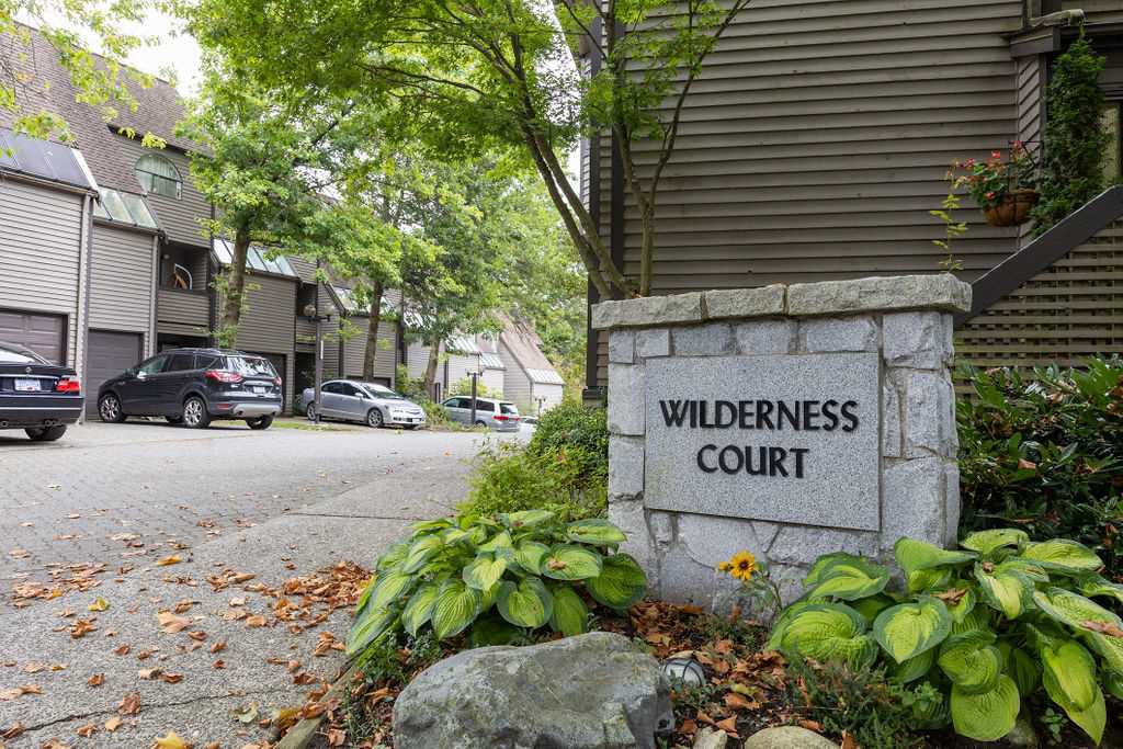 "Main Photo: 8586 WILDERNESS Court in Burnaby: Forest Hills BN Townhouse for sale in ""SIMON FRASER VILLAGE"" (Burnaby North)  : MLS®# R2501079"