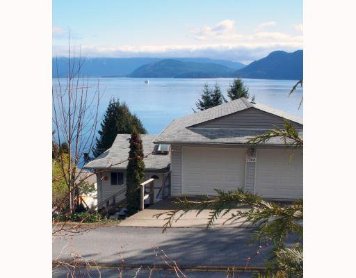 "Main Photo: 1766 NORTH Road in Gibsons: Gibsons & Area House for sale in ""HOPKINS LANDING"" (Sunshine Coast)  : MLS®# V692529"