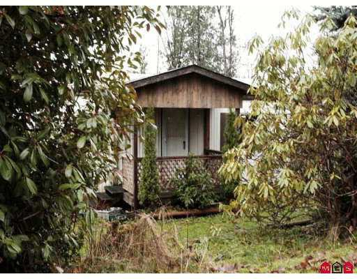 "Main Photo: 10221 WILSON Road in Mission: Mission BC Manufactured Home for sale in ""Triple Creek Estate"" : MLS®# F2625926"