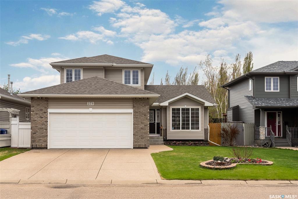 Main Photo: 279 Kucey Terrace in Saskatoon: Arbor Creek Residential for sale : MLS®# SK809054