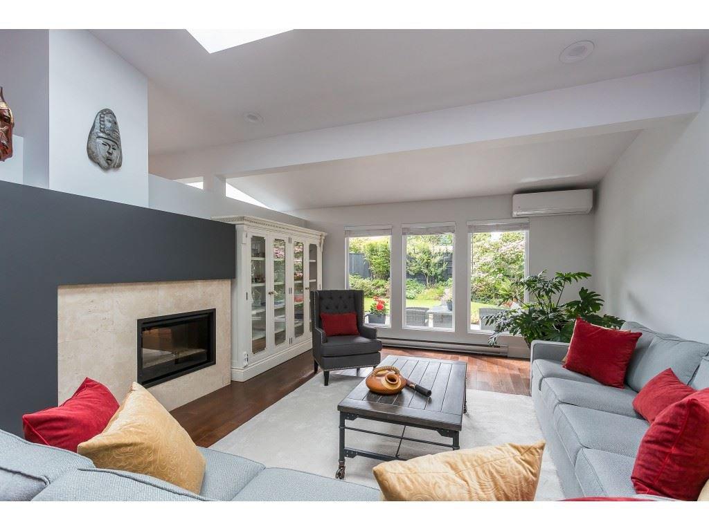 Main Photo: 503 SHANNON Way in Delta: Pebble Hill House for sale (Tsawwassen)  : MLS®# R2464565