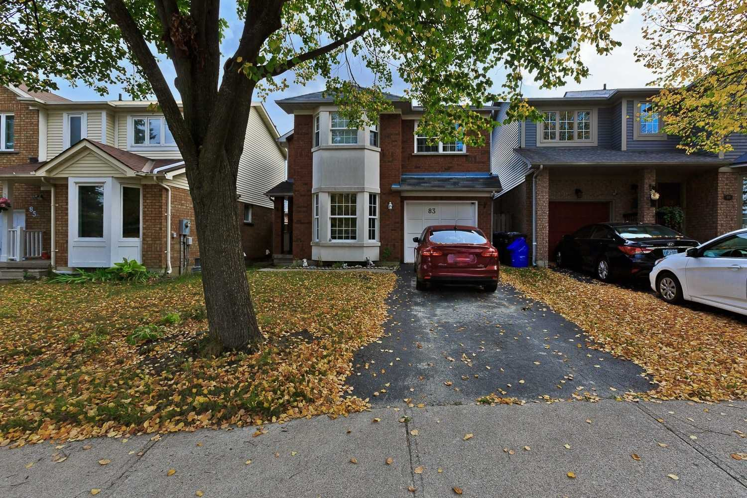 Main Photo: 83 Stoneledge Circle in Brampton: Sandringham-Wellington House (2-Storey) for sale : MLS®# W4939743