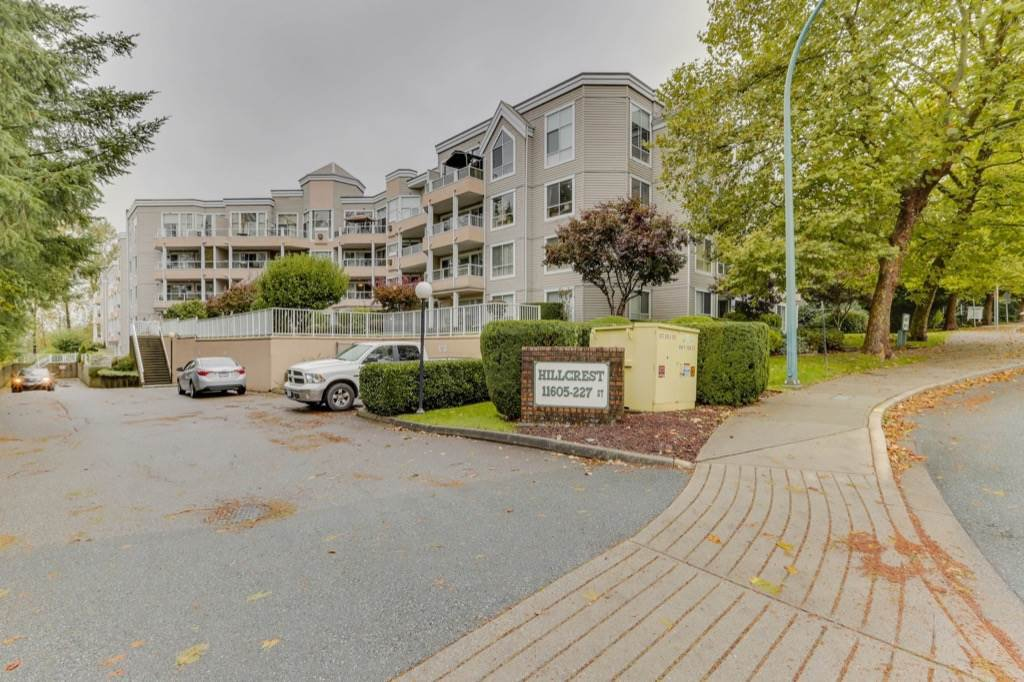 "Main Photo: 417 11605 227 Street in Maple Ridge: East Central Condo for sale in ""Hillcrest"" : MLS®# R2508742"