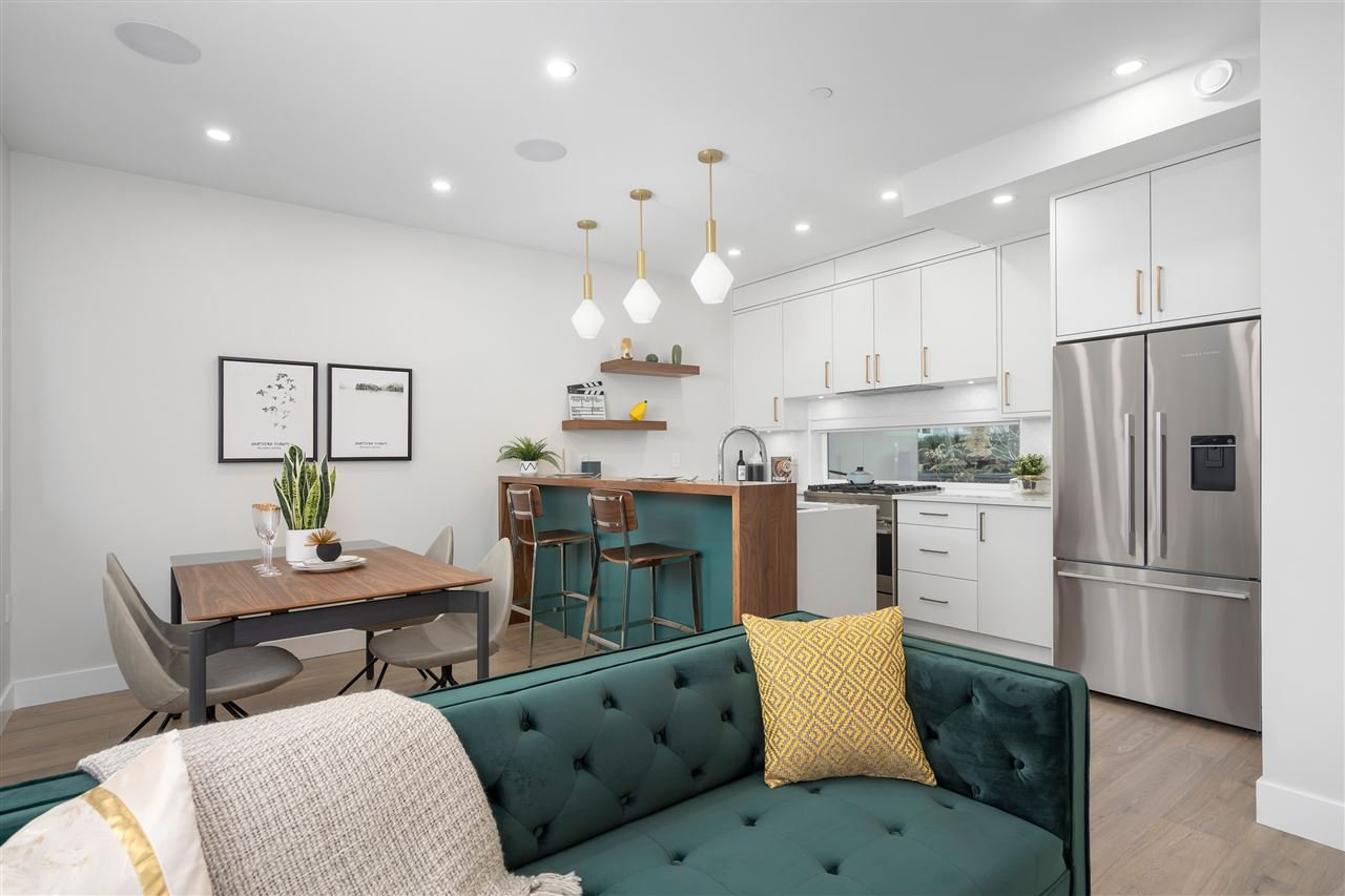 """Main Photo: 3185 E PRINCE EDWARD Avenue in Vancouver: Mount Pleasant VE Townhouse for sale in """"EVERLY LIVING"""" (Vancouver East)  : MLS®# R2436769"""