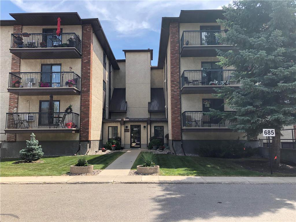 Photo 1: Photos: 304 685 St Anne's Road in Winnipeg: Condominium for sale (2E)  : MLS®# 202018429