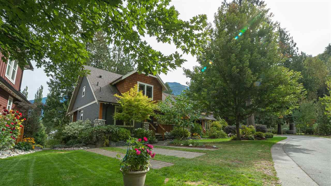 Main Photo: 1744 PAINTED WILLOW ROAD: Lindell Beach House for sale (Cultus Lake)  : MLS®# R2501892