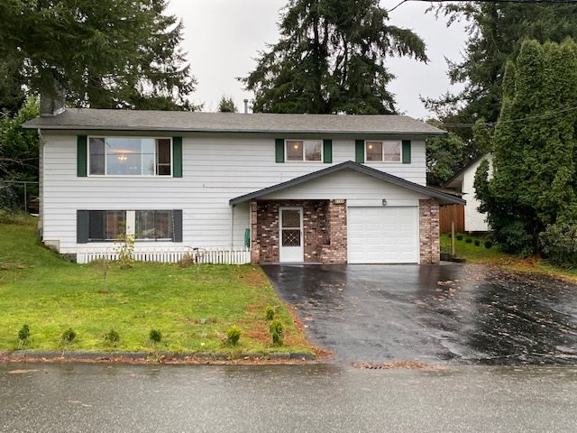 Main Photo: 2108 DOLPHIN Crescent in Abbotsford: Abbotsford West House for sale : MLS®# R2520067