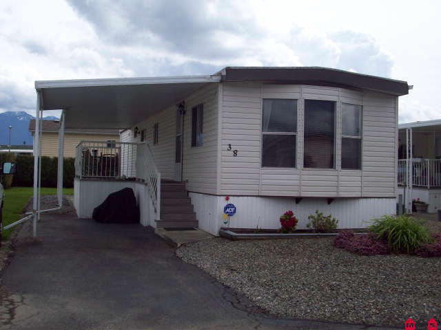"""Main Photo: # 38 9055 ASHWELL RD in Chilliwack: Chilliwack W Young-Well House for sale in """"RAINBOW ESTATES"""" : MLS®# H1102289"""