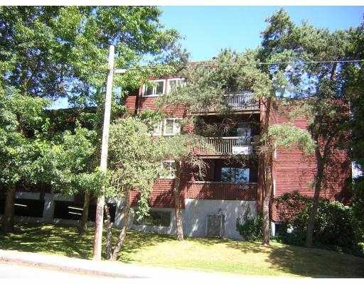 "Main Photo: 202 8391 BENNETT RD in Richmond: Brighouse South Condo for sale in ""GARDEN GLEN"" : MLS®# V600490"
