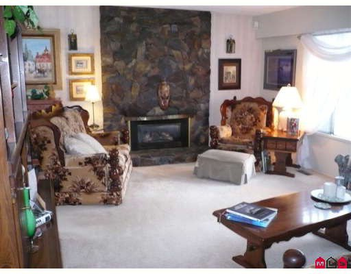 """Photo 8: Photos: 7825 138TH Street in Surrey: East Newton House for sale in """"Bear Creek"""" : MLS®# F2810870"""