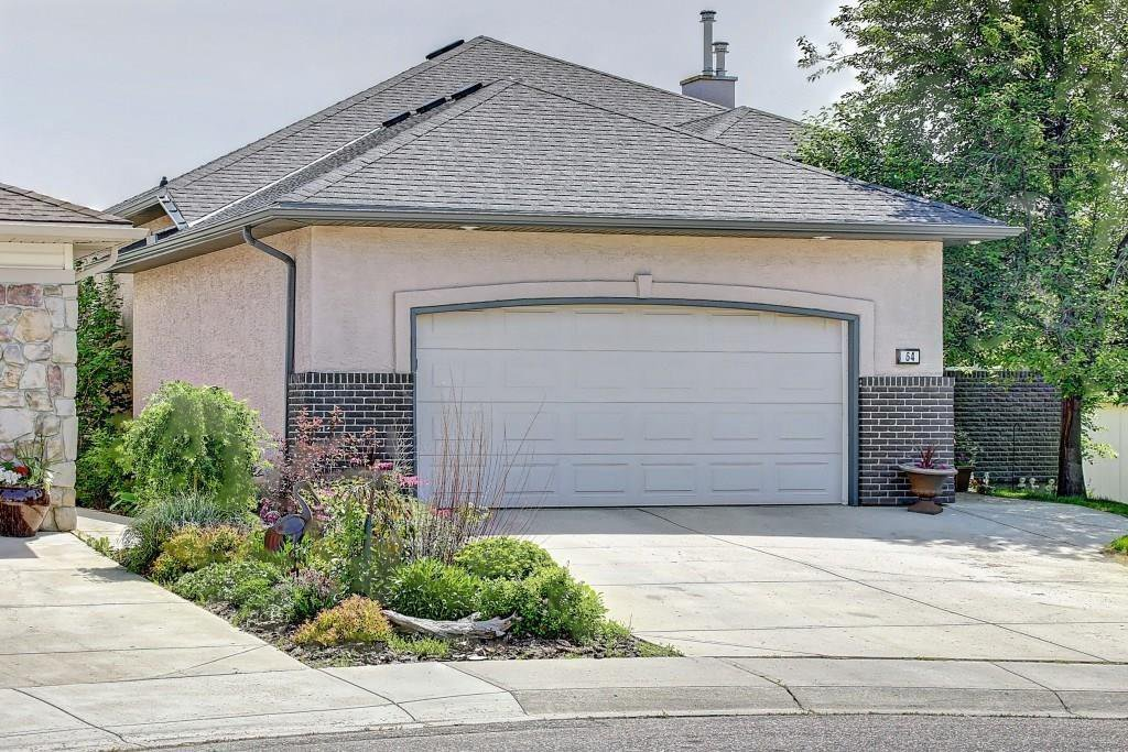 Main Photo: 64 FAIRWAYS Place NW: Airdrie Detached for sale : MLS®# C4274790