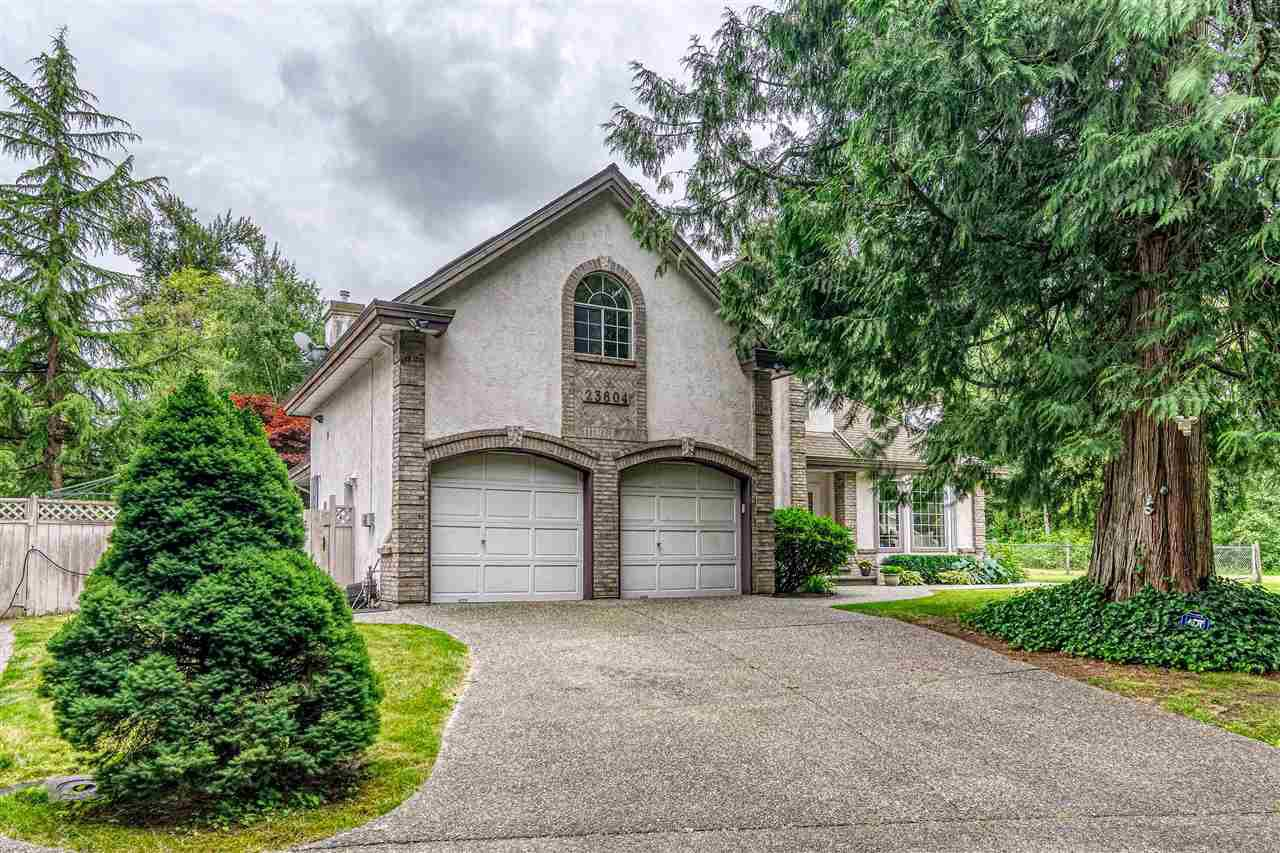 """Main Photo: 23604 64 Avenue in Langley: Salmon River House for sale in """"Williams park area"""" : MLS®# R2425889"""