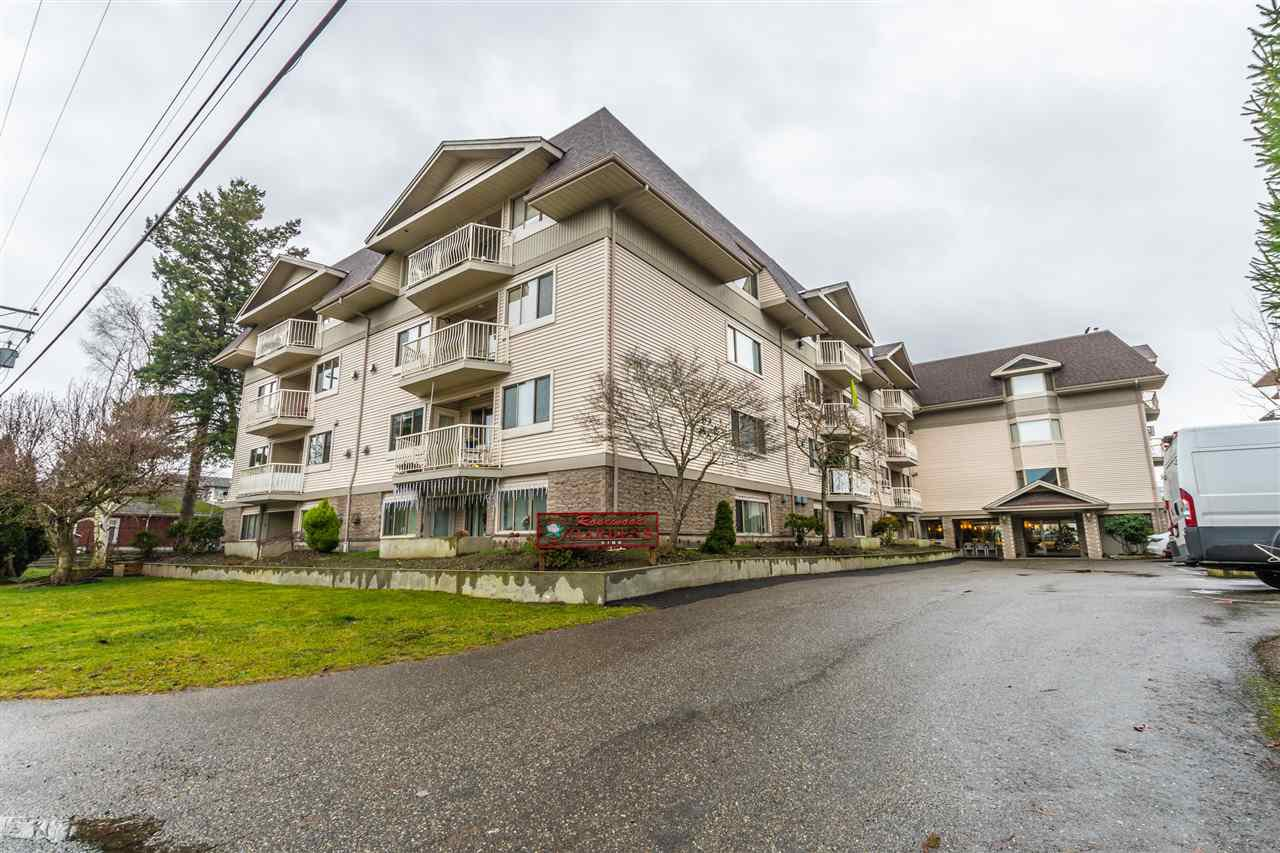 Main Photo: 212 9186 EDWARD STREET in Chilliwack: Chilliwack W Young-Well Condo for sale : MLS®# R2426655