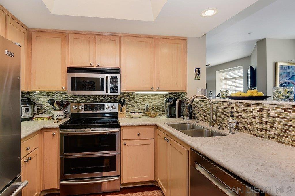 Main Photo: DOWNTOWN Condo for sale : 2 bedrooms : 2400 5th Ave #210 in San Diego