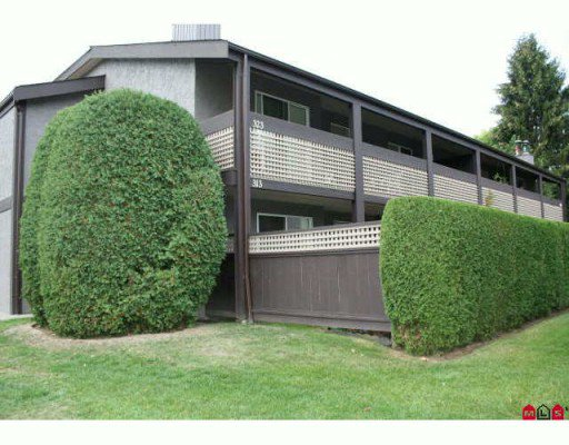 "Main Photo: 313 34909 OLD YALE Road in Abbotsford: Abbotsford East Townhouse for sale in ""The Gardens"" : MLS®# F2923775"