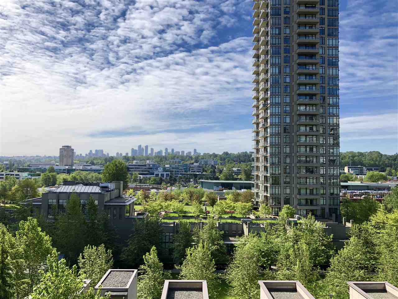 """Main Photo: 705 4250 DAWSON Street in Burnaby: Brentwood Park Condo for sale in """"OMA2"""" (Burnaby North)  : MLS®# R2399354"""