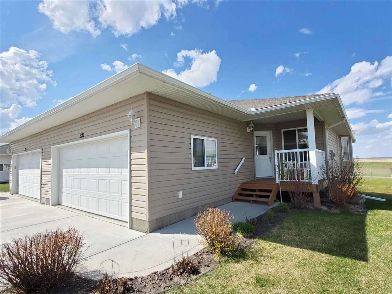 Main Photo: 326 7001 Northview Drive: Wetaskiwin House Half Duplex for sale : MLS®# E4190674