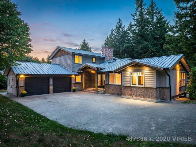 Main Photo: 1198 WALTER GAGE STREET in COMOX: CV Comox Peninsula House for sale (Comox Valley)  : MLS®# 837520