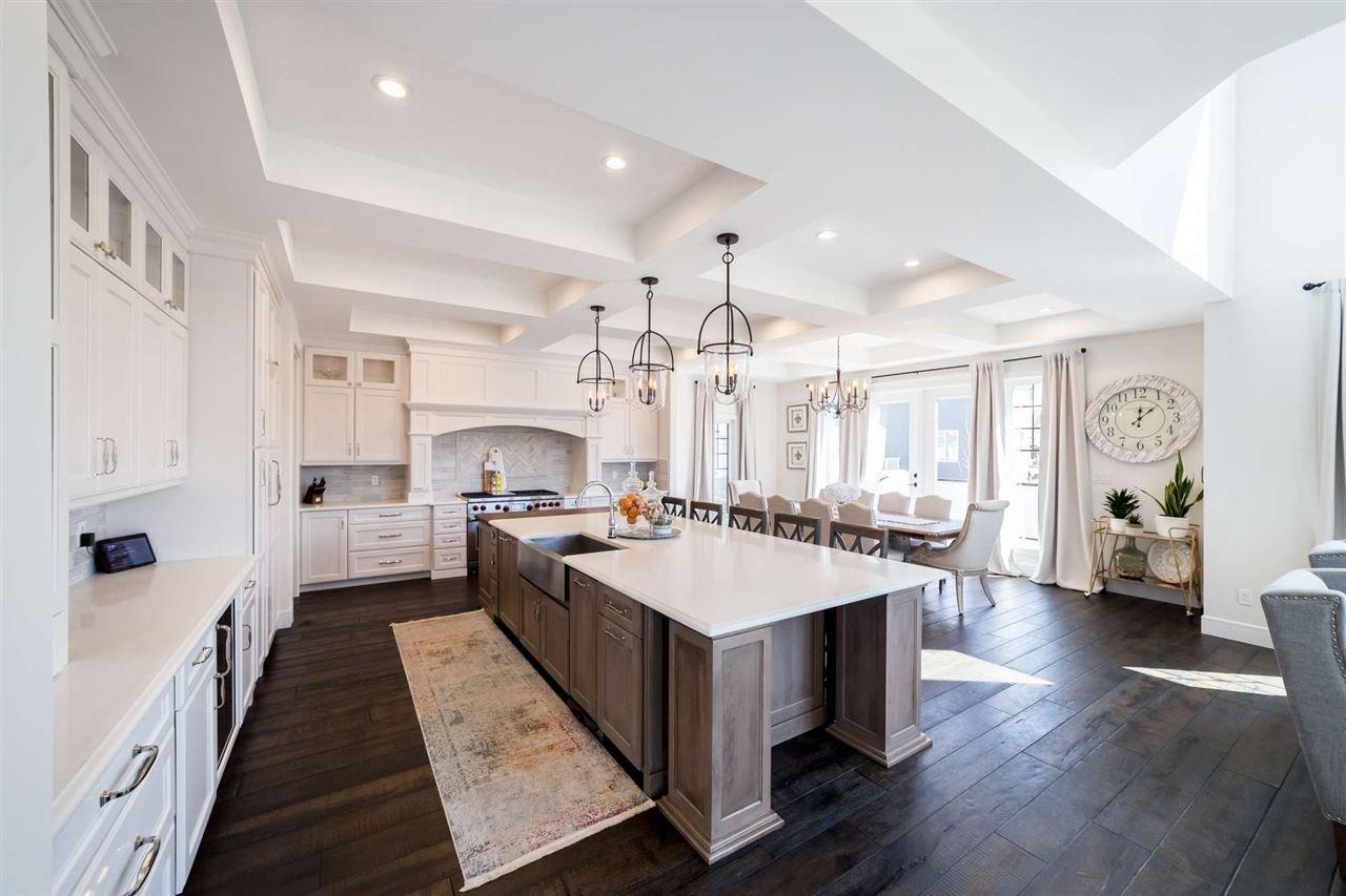 Main Photo: 3825 KIDD Bay SW in Edmonton: Zone 56 House for sale : MLS®# E4195772