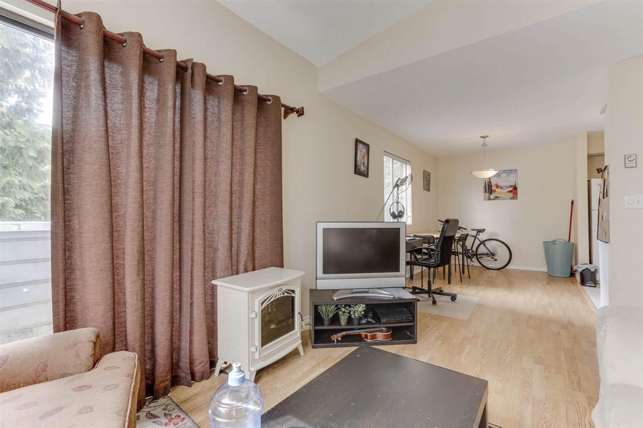 Photo 2: Photos: 207 1948 COQUITLAM Avenue in Port Coquitlam: Glenwood PQ Condo for sale : MLS®# R2475577