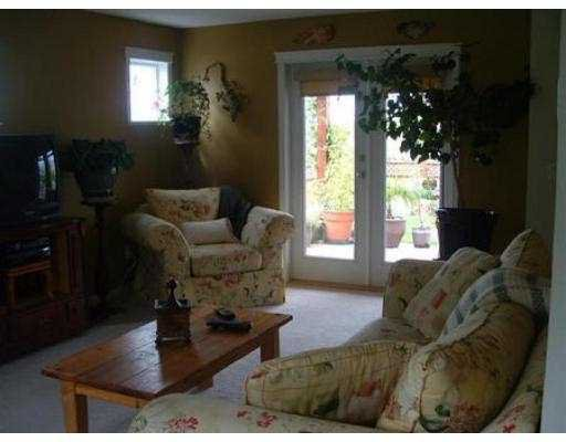 Photo 3: Photos: 5661 NICKERSON RD in Sechelt: Sechelt District House for sale (Sunshine Coast)  : MLS®# V540214