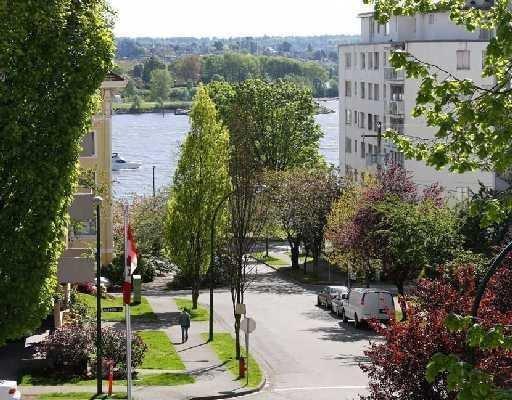 Main Photo: # 301 1280 NICOLA ST in Vancouver: Condo for sale : MLS®# V710503