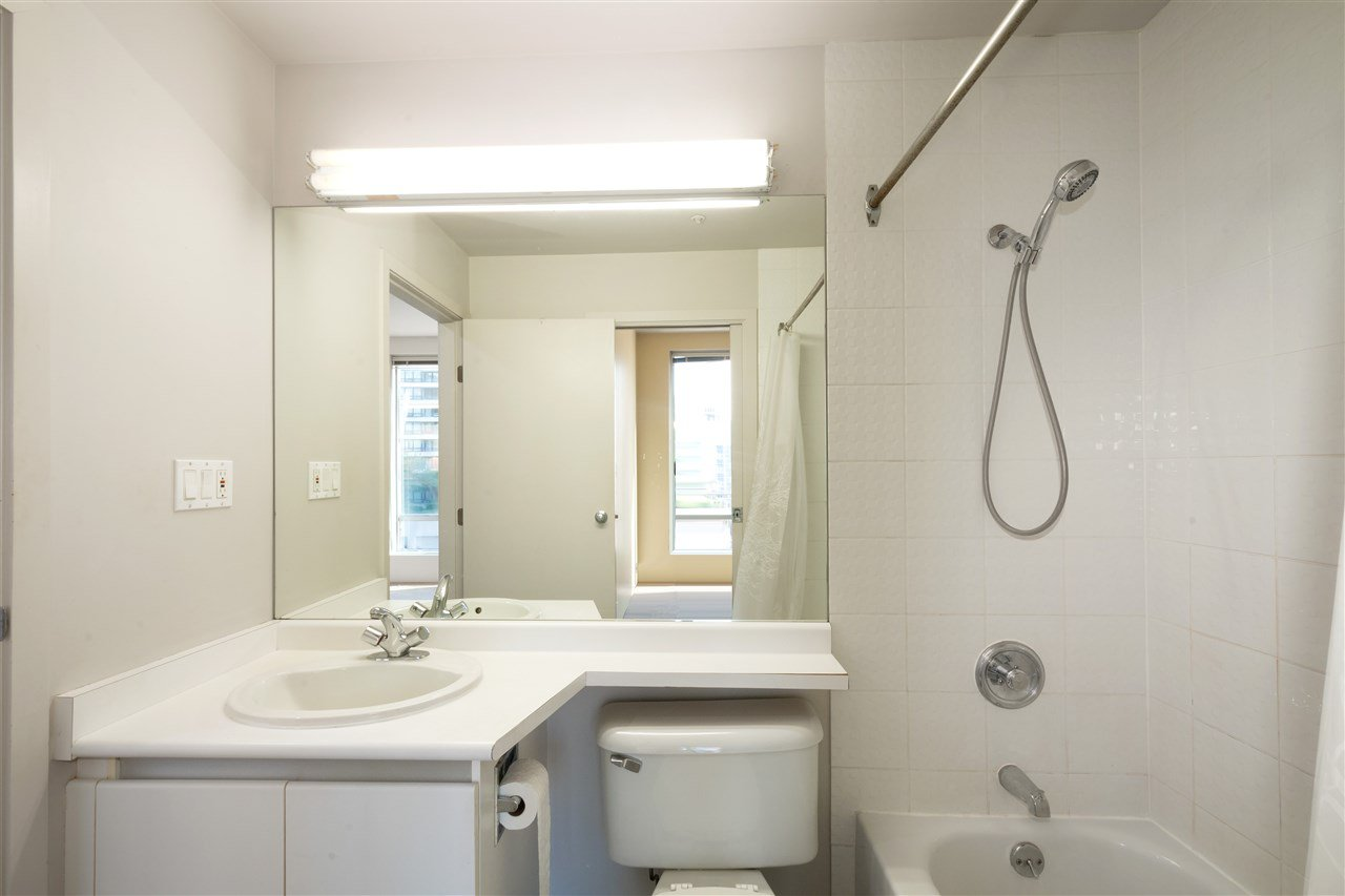 """Photo 14: Photos: 810 989 NELSON Street in Vancouver: Downtown VW Condo for sale in """"ELECTRA"""" (Vancouver West)  : MLS®# R2409945"""