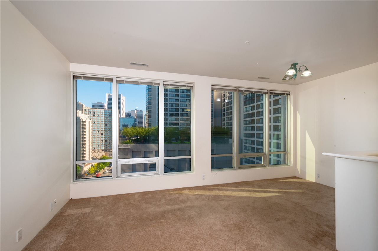 """Photo 2: Photos: 810 989 NELSON Street in Vancouver: Downtown VW Condo for sale in """"ELECTRA"""" (Vancouver West)  : MLS®# R2409945"""