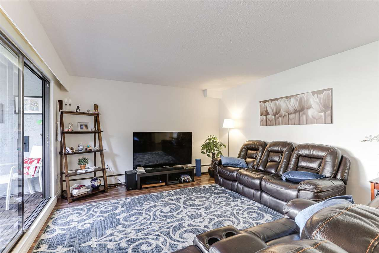 """Photo 5: Photos: 101 515 ELEVENTH Street in New Westminster: Uptown NW Condo for sale in """"MAGNOLIA MANOR"""" : MLS®# R2437136"""