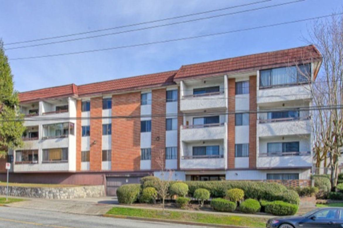"""Photo 1: Photos: 101 515 ELEVENTH Street in New Westminster: Uptown NW Condo for sale in """"MAGNOLIA MANOR"""" : MLS®# R2437136"""