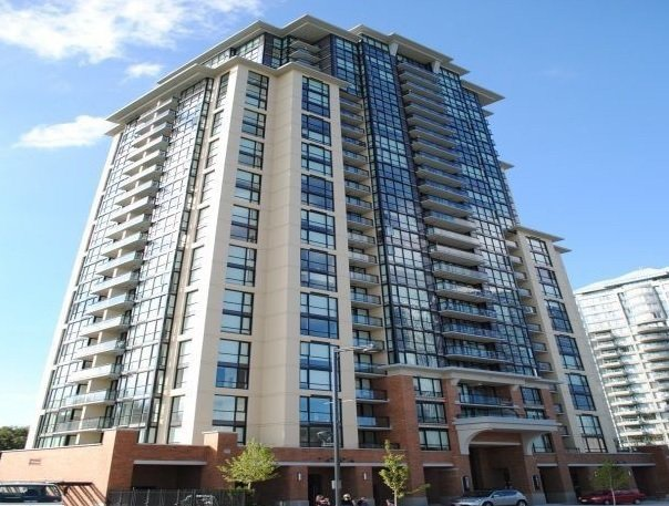 Main Photo: 1905 10777 UNIVERSITY DRIVE in : Whalley Condo for sale : MLS®# R2230623