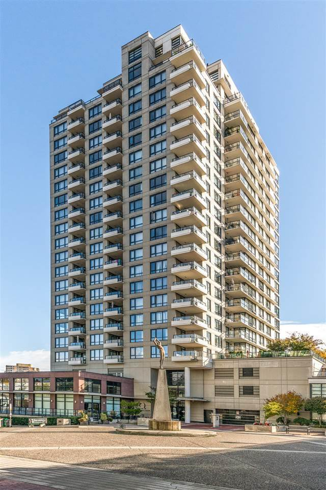 "Main Photo: 1306 1 RENAISSANCE Square in New Westminster: Quay Condo for sale in ""The Q"" : MLS®# R2506894"