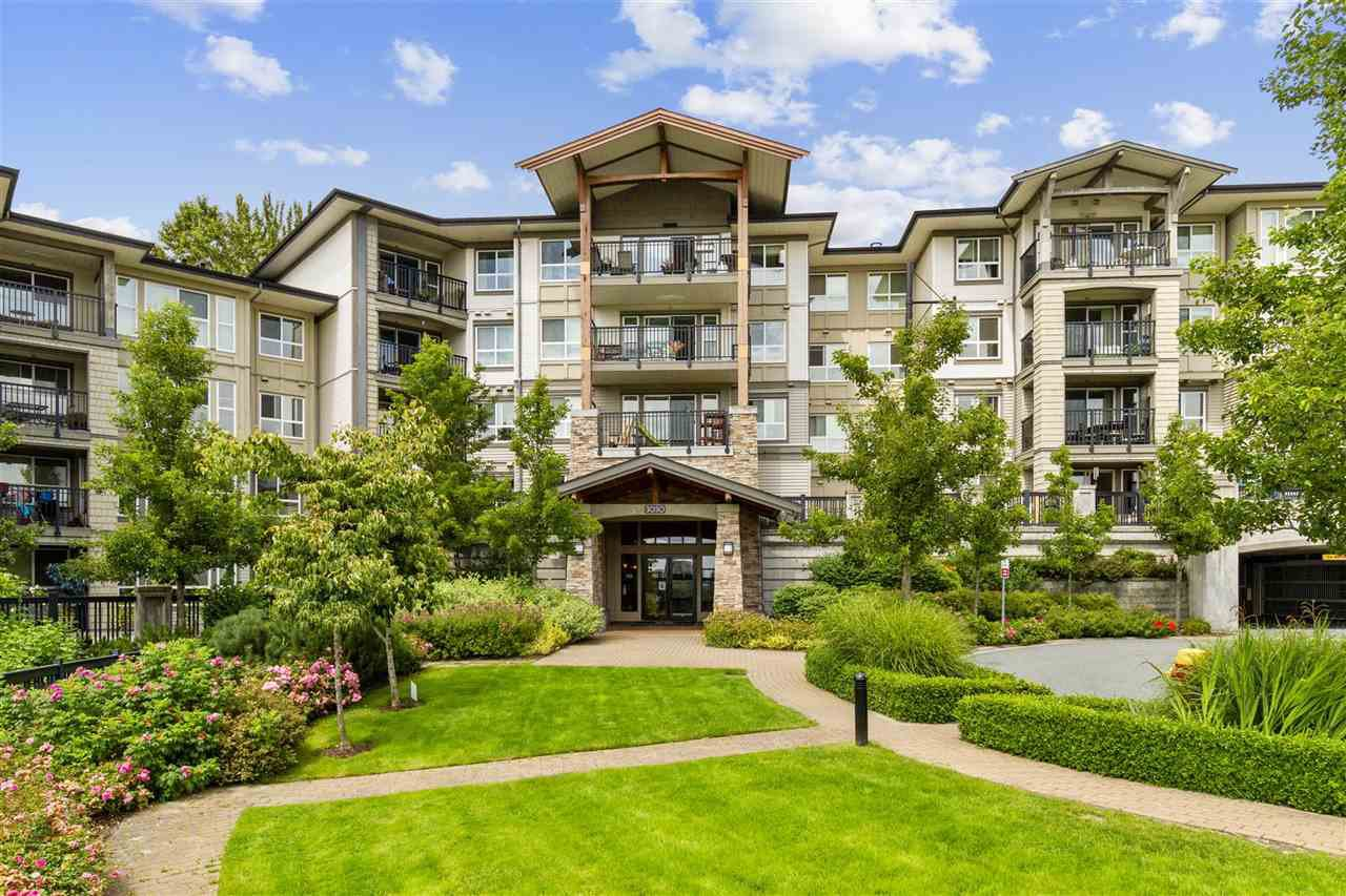 Main Photo: 209 3050 DAYANEE SPRINGS Boulevard in Coquitlam: Westwood Plateau Condo for sale : MLS®# R2509975