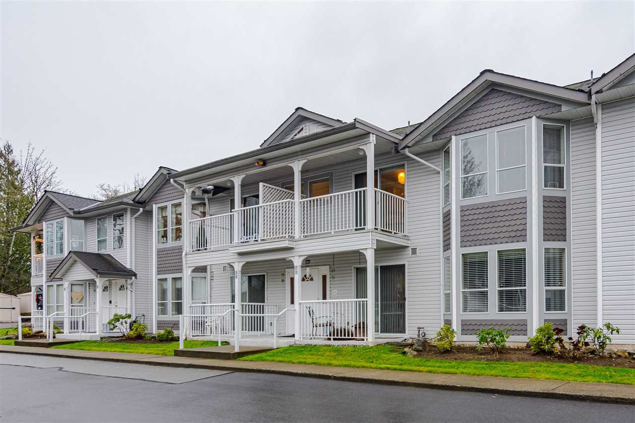 "Main Photo: 37 12296 224 Street in Maple Ridge: East Central Townhouse for sale in ""THE COLONIAL"" : MLS®# R2524241"