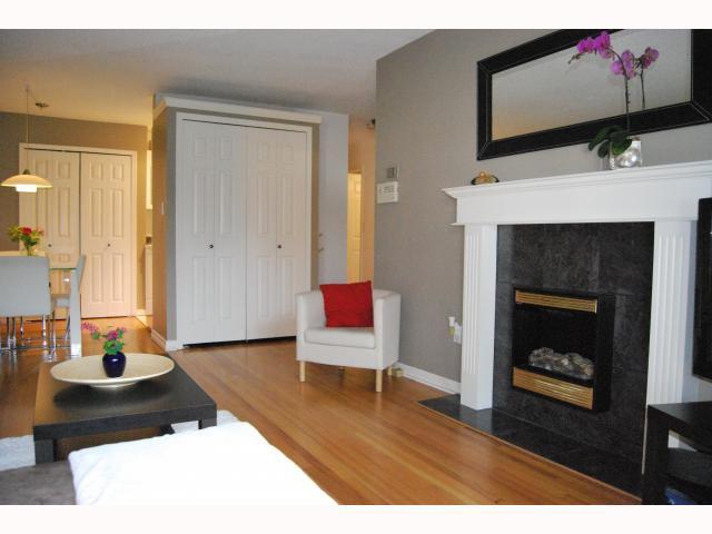 "Photo 6: Photos: # 105 2125 W 2ND AV in Vancouver: Kitsilano Condo for sale in ""SUNNY LODGE"" (Vancouver West)  : MLS®# V819705"