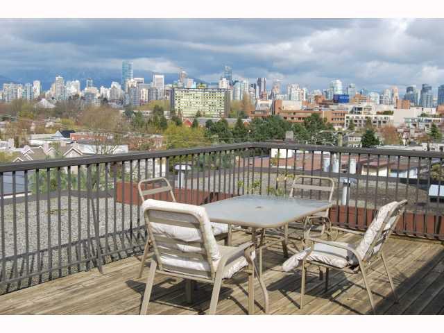 "Photo 10: Photos: # 105 2125 W 2ND AV in Vancouver: Kitsilano Condo for sale in ""SUNNY LODGE"" (Vancouver West)  : MLS®# V819705"