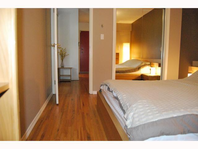 "Photo 8: Photos: # 105 2125 W 2ND AV in Vancouver: Kitsilano Condo for sale in ""SUNNY LODGE"" (Vancouver West)  : MLS®# V819705"