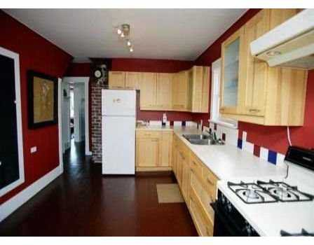 Photo 4: Photos: 2693 DUNDAS ST in Vancouver: Hastings House for sale (Vancouver East)  : MLS®# V588604