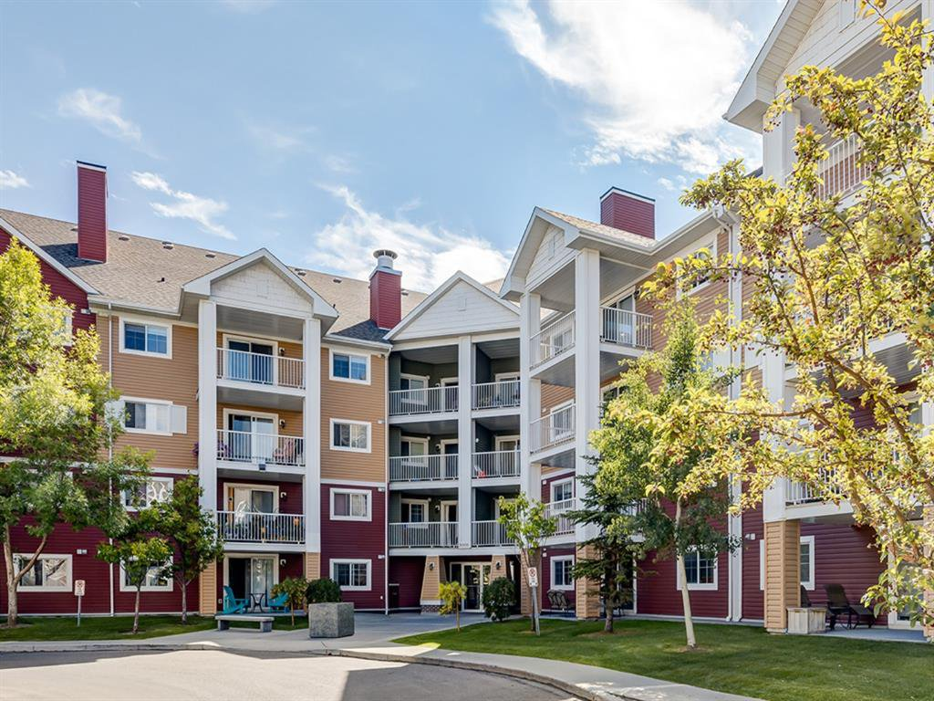 Main Photo: 3426 10 PRESTWICK Bay SE in Calgary: McKenzie Towne Apartment for sale : MLS®# A1023715