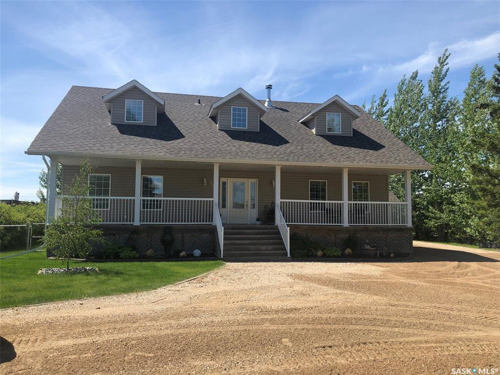 Main Photo: 107 14th Street in Humboldt: Residential for sale : MLS®# SK828676